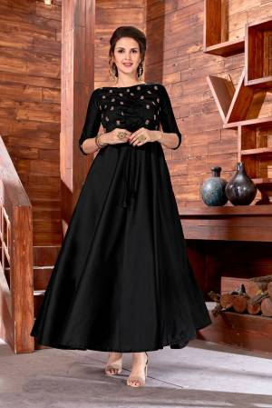 For a Bold And Beautiful Look, Grab This Attractive Designer Floor Length Gown In Black Color, This Gown Is Fabricated On Art Silk Beautified With Embroidery Over The Yoke. It Also Ensures Superb Comfort all Day Long.