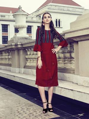 Quite Running Pattern Is Here With This Readymade Kurti In Maroon Color Fabricated On Rayon With Bell Sleeve Pattern. It Is Light Weight And Easy To Carry All Day Long.