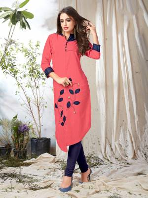 Grab This Pretty Readymade Kurti In Dark Pink Color Fabricated On Khadi Cotton. This Kurti Is Light In Weight And Easy To carry All Day Long.