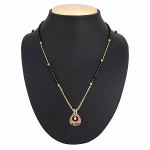 Simple And Elegant Looking Mangalsutra Is Here Which Can Be Paired With Any Type Of Attire. Also It Is Light In Weight Which Is Easy To carry All Day Long.