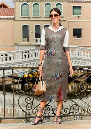 Be It Your College Or Work Place, This Kurti Is Suitable For All. Grab This Readymade Kurti In Grey Color Fabricated On Poly Linen Which Is Light Weight And Ensures Superb Comfort All Day Long.