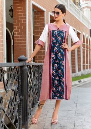 Look Pretty Wearing This Designer Readymade Kurti In Pink And Navy Blue Color Fabricated On Poly Linen. Its Rich Color And Fabric Will Earn You Lots Of Compliments From Onlookers.