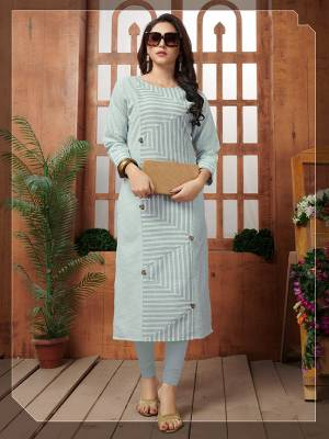 Look Pretty In This Lovely Readymade Kurti In Baby Blue Color Fabricated On Khadi Cotton. This Kurti Has Unique Lining Prints Pattern Beautified With Buttons, Buy This Kurti Now.