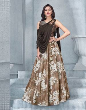 This bold and intriguing copper-hued lehenga is not for the faint souls . Embrace the most-stylish look of the season and turn heads.
