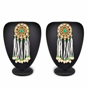 Grab This Pretty Earring Set To Pair Up With Your Ethnic Wears, This Earring Set Is In Golden Color Which Can Be Paired With Any Colored Attire. Also It Is Light In Weight And Easy To Carry all Day Long.