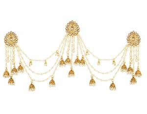 Here Is A Very Unqiue Styled Earrings Which Is In?Great Trend. Grab This Golden Colored Heavy Earring Which Has To Be Tucked Over The Back Side Hair. It Is Beautified With Pearls