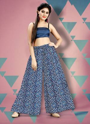 Here Is A Beautiful Plazzo For Summers. This Plazzo Is Fabricated On Cotton Beautified With Prints And Can Be Paired With Top, Crop Top Or Kurti. Also It Is Comfortable To Carry All Day Long.