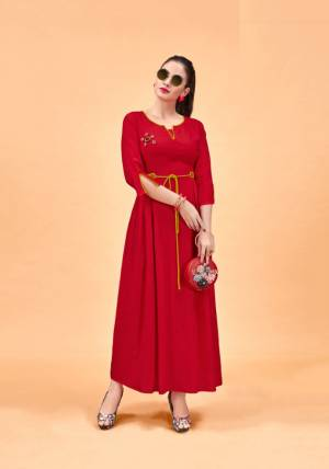 Beat The Heat With This Pretty Light Weight Readymade Kurti In Red Color Fabricated On Rayon. A Prefect Kurti For Outings This Summer. Also It Is Available In All Regular Sizes And Ensures Superb Comfort All Day Long.