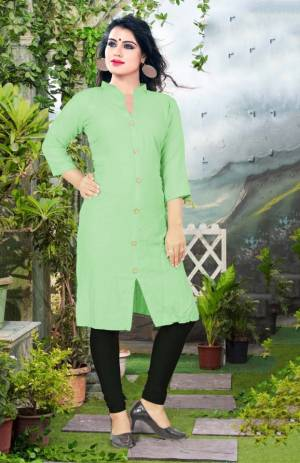 Add Some Casuals With This Plain Readymade Kurti In Light Green Color Fabricated On Cotton. This Kurti Is Light Weight, Soft Towards Skin, Durable And Also Available In All Regular Sizes, Buy This Simple Kurti Now.