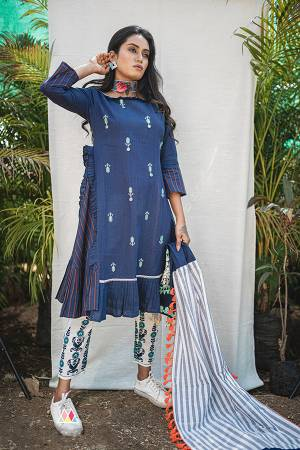 Follow This Amazing Trend Of Designer Readymade Pair Of Kurti And Pants. Its Both Top And Bottom Are Fabricated On Khadi Beautified With Prints And Thread Embroidery. It Is Light In Weight And Easy To Carry All Day Long. Buy Now.