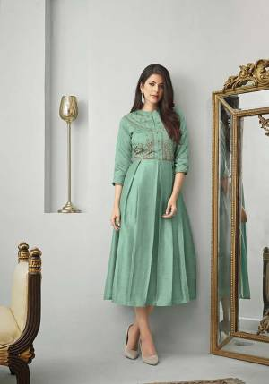 New Shade Is Here To Add Into Your Wardrobe With This Designer Readymade Kurti In Aqua Green Color Fabricated On Cotton Slub. Also It Is Available In All Regular Sizes. Buy Now.