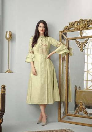 Flaunt Your Rich And Elegant Taste Wearing This Designer Readymade Kurti In Cream Color Fabricated On Cotton Slub. It Is Beautified With Minimal Thread Work Giving It A Rich Subtle Look.