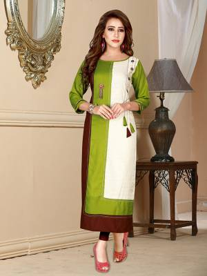 Simple And Elegant Looking Readymade Kurti Is Here In Green Color Fabricated On Rayon. This Kurti Is Light In Weight And Suitable For Your Casual Or Semi-Casual Wear.