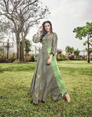 Simple And Elegant Looking Designer Readymade Kurti Is Here In Grey Color Fabricated on Modal Jacquard. This Kurti Is In Light Low Pattern With Prints And Thread Work.