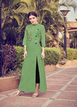 Add This Pretty Readymade Kurti To your Wardrobe In Green Color. It Is Beautified With Unique Pattern And Attractive Embroidery Which Will Earn You Lots Of Compliments From Onlookers.