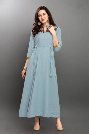 Look Pretty In This Beuautiful Subtle Shade With This Readymade Kurti In Steel Blue Color. This Pretty Kurti IS Fabircated On Linen. Its Rich Color And Fabric Will Earn You Lots Of Compliments From Onlookers. Also It Is Available In All Regular Sizes.