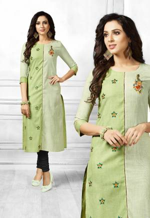 For Casuals Or Semi-Casual Wear, Grab This Designer Readymade Straight Kurti In Shades Of Green Fabricated On Cotton. It Is Beautified With Contrasting Floral Thread Work Giving It A More Pretty Look. Buy Now.