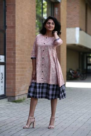 Simple And Elegant Looking Designer Readymade Tunic Is Here In Peach Color Fabricated On Khadi Cotton. Its Fabric IS Light Weight And Available In All Sizes.