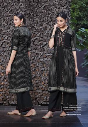 Take A Cue From This Season's Sartorial Emphasis On Ethnic Wear. Our Grand And Ethereal Collection Of Traditional Outfits Spell Ethnic-Chic In Myraid Ways, Making A Case Of Street Inspired And Elegant Wardrobe Choices.