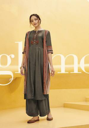Snip The Attention In Dazzingly Embellished Kurtis Designed For The Beautiful You ! Each Ensemble From This Range Of Tremendous Bollywood Special Suits Is A Certain Eye-Catcher.