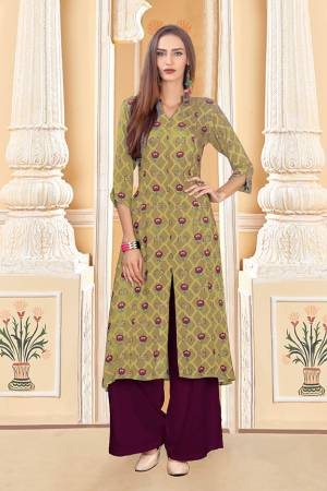 Grab This Beautiful Readymade Pair Of Kurti And Plazzo In Pear Green And Wine Color. This Pair Is Rayon Cotton Based Beautified With Digital Prints Over The Kurti.