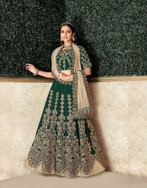 A joyful concurrence of convention and style , this lehenga is meant to rejoice the beauty of our culture and the au-current trends at the same time. Pair with beautiful jhumkis to complete the look.