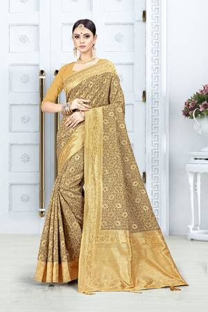 Look Pretty In This Designer Silk Based Occur Yellow Colored Floral Saree?Paired With Occur Yellow Colored Blouse. This Saree Is Fabricated On Weaving Silk Paired With Art Silk Fabricated Blouse. Buy This Saree Now