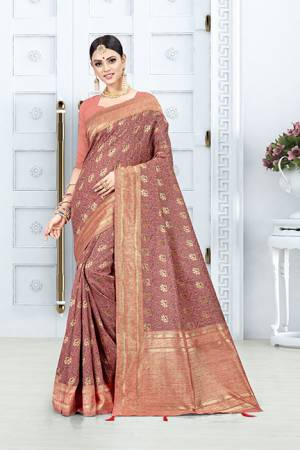 Look Pretty In This Designer Silk Based Dark Peach Colored Floral Saree?Paired With Dark Peach Colored Blouse. This Saree Is Fabricated On Weaving Silk Paired With Art Silk Fabricated Blouse. Buy This Saree Now
