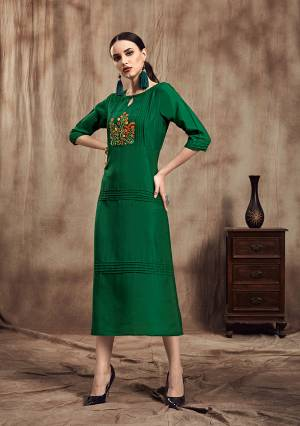 Simple And Elegant Looking Readymade Straight Kurti Is Here In Green Color. This Pretty Embroidered Kurti Is Fabricated On Muslin. Its Is Soft Towards Skin And Easy To Carry All Day Long.