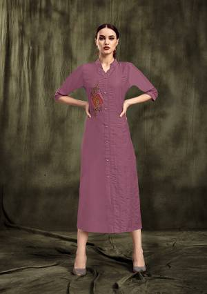 Simple And Elegant Looking Readymade Straight Kurti Is Here In Light Purple Color. This Pretty Embroidered Kurti Is Fabricated On Muslin. Its Is Soft Towards Skin And Easy To Carry All Day Long.