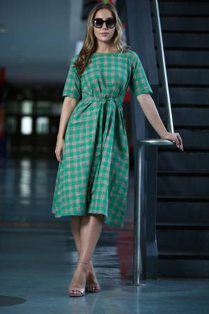 Beautiful Front Kont Patterned Readymade Kurti Is Here In Sea Green And Grey Color Fabricated On Khadi Beautified With checks Prints.