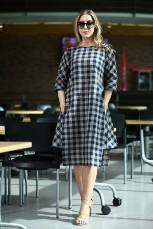 For Your Semi-Casual Wear, Grab This Readymade Designer Tunic In Black And Grey Color Fabricated On Khadi Beautified With Checks Prints All Over It. It Is Light Weight And Easy To Carry All Day Long.