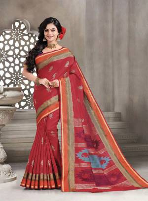 Celebrate This Festive Season With Beauty And Comfort Wearing This Pretty Saree In Red Color Paired With Purple Colored Blouse. This Saree And Blouse Are Fabricated On Handloom Silk Which Is Light Weight, Durable And Easy To Carry All Day Long.