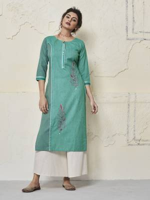 Grab This Designer Readymade Kurti In Turquoise Blue Color Fabricated On Cotton Beautified With Contrasting Thread Work. You Can Pair This Up Leggings, Pants Or Plazzo. Also It Is Available In All Regular Sizes. Buy Now.
