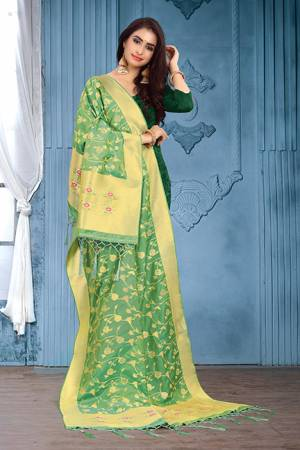 For A Proper Traditional Look, Pair Up Your Simple Attire With This Trendy Banarasi Art Silk Fabricated Dupatta. It Is Beautified With Weave All Over. Also It Is Light In Weight And Easy To Carry All Day Long