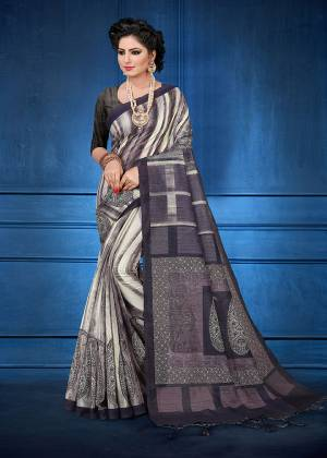 For Your Semi-Casual Wear, Grab This Printed Saree Grey And White Color. This printed Saree And Blouse Are Fabricated On Handloom Silk Which Is Gives Rich Look To Your Personality. Also It Is Durable And Easy To Care For.