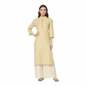 For Your Casual Wear, Grab This Pretty Readymade Straight Kurti In Light Yellow Color Fabricated On Cotton. This Kurti Can Be Paired With Same Or Contrasting Colored Pants, Leggings Or Plazzo.