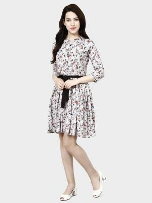 Look Like A Diva Wearing This Pretty Tunic Patterned Readymade Kurti In Light Grey Color. This Printed Kurti Is Fabricated On Crepe Which Is Light Weight, Soft and Easy To Carry All Day Long.