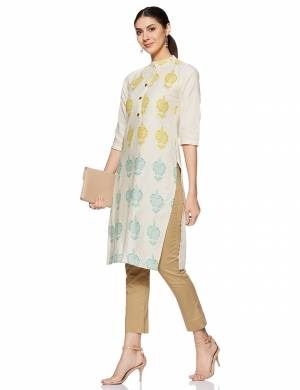 Here Is A Very Pretty And Elegant Looking Kurti In White. Its Fabric Is Soft Towards Skin And Ensures Superb Comfort All Day Long.