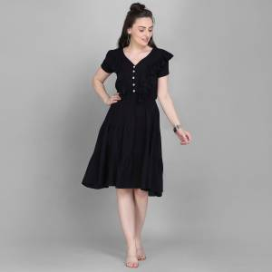 Here Is A Lovely Readymade Western Dress Pattern Readymade Kurti In Black Color. This Kurti Is Fabricated On Rayon Which Is Soft Towards Skin And Easy To Carry All Day Long.