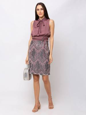 For A Glam Look, Grab This Designer Party Wear One Piece In Mauve And Grey Color. This Pretty Piece Is Satin Based Which Also Gives An Attractive Look To Your Personality.