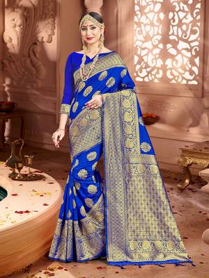 Shine Bright Wearing This Pretty Designer Royal Blue Colored Heavy?Weaved Saree. This Saree And Blouse Are Fabricated On Banarasi Art Silk Beautified With Weave All Over. It Is Suitable For Upcoming Wedding And Festive Season. Buy Now.