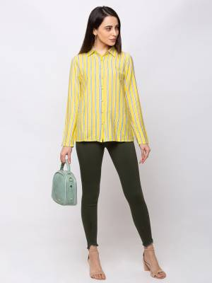 Here Is A Trendy and Pretty Readymade Top For Your College Or Outing. It Is Light In Weight And Its Fabric Ensures Superb Comfort All Day Long.