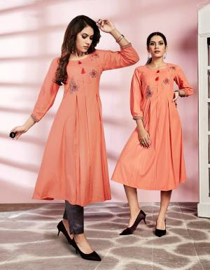 Look Pretty In This Pretty Readymade Kurti In Peach Color Fabricated On Rayon. This Kurti Is Suitable For Semi-Casual Wear And Available In All Regular Sizes.