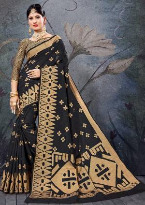 Simple And Elegant Looking Saree Is Here In Black Color For Your Semi-Casual Wear, This Pretty Saree and Blouse Are Fabricated On Handloom Cotton Beautified With Weave. It Is Light Weight And Easy To Carry All Day Long.
