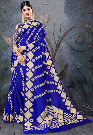 Here Is A Pretty Rich Designer Weaved Saree In Royal Blue Color. This Saree And Blouse Are Fabricated On Handloom Cotton Which Is Durable And Easy To Care For.