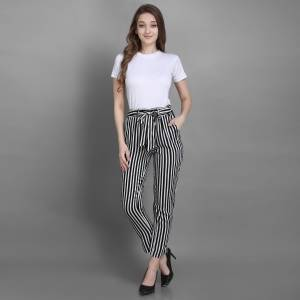 Grab This Pretty Comfortable Printed Readymade Jeggins In Black and White Color. It Is Fabricated On Rayon In Free Size With Ealsticated Waist Band.